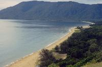 Beach Near Cairns 1.jpg  1024x679  94 KB